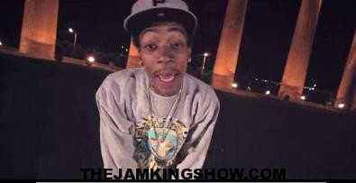 Wiz Khalifa – Black And Yellow [Official Music Video]