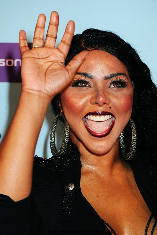 "NEW BEATZ: Lil Kim Fet-IRS – ""Clap Clap"""