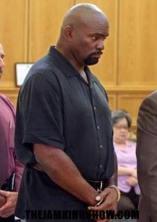 No jail for LT; Hall of Fame linebacker gets probation in plea deal