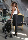 Ashanti_Shops_at_Lloyd_Klein_Couture_Boutique_in_Hollywood_09