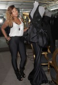 Ashanti_Shops_at_Lloyd_Klein_Couture_Boutique_in_Hollywood_654