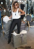 Ashanti_Shops_at_Lloyd_Klein_Couture_Boutique_in_Hollywood_87