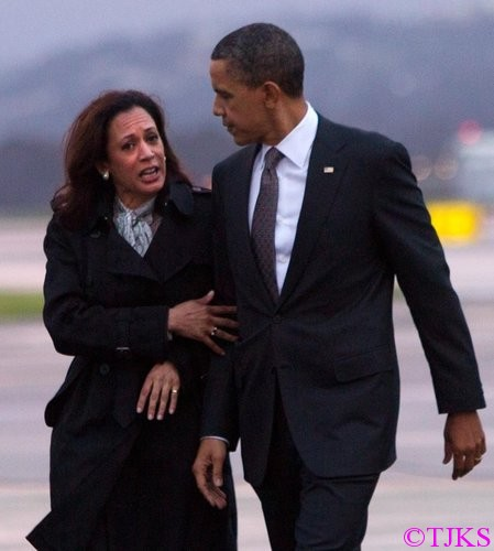 President Barack Obama has apologized to California Attorney General Kamala Harris